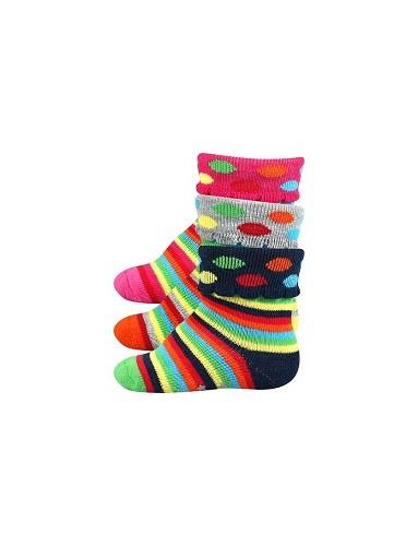 Kojenecké ponožky KUKY ABS protiskluzové - balení 3 páry v barevném mixu