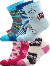 Kojenecké ponožky Boma FILÍPEK ABS protiskluzové - balení 3 páry v barevném mixu